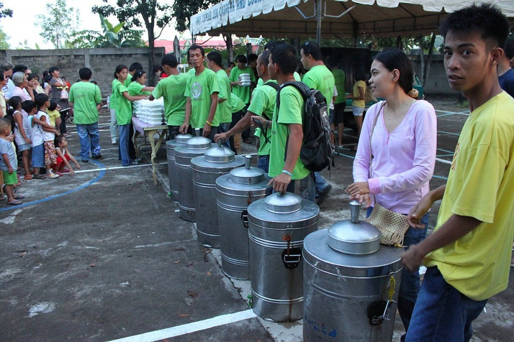 hands-of-mercy-christmas-feeding-program-cebu-philippines-0149