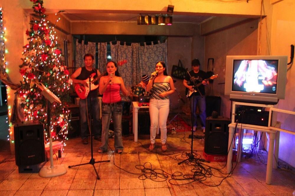 merlenes-eatery-christmas-party-2010-0013