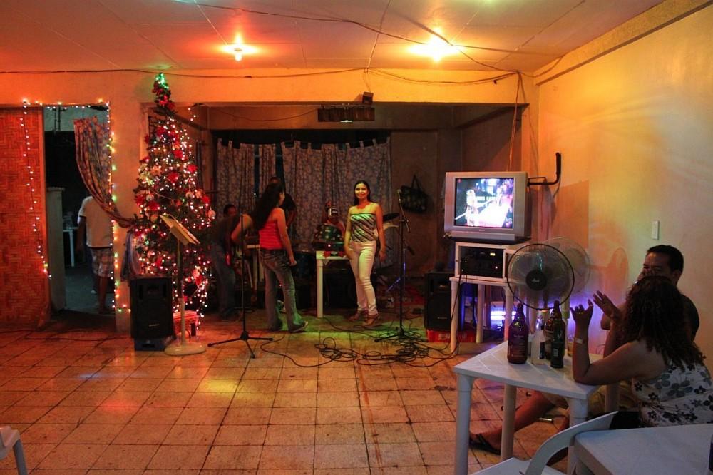 merlenes-eatery-christmas-party-2010-0061