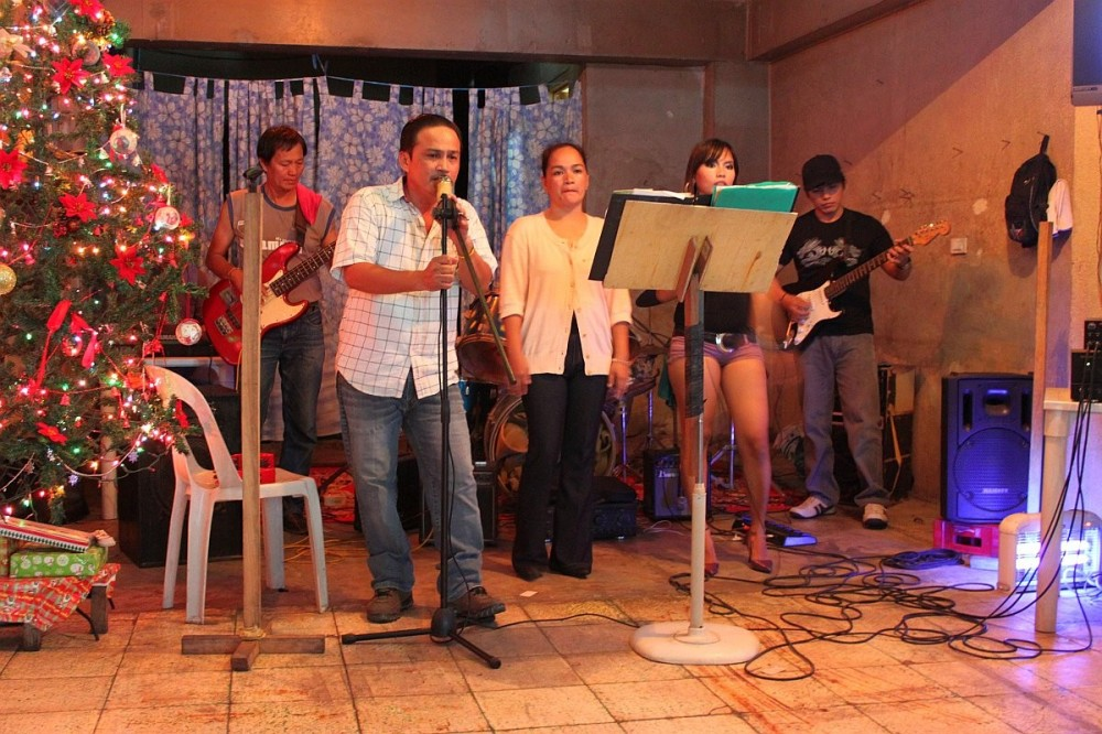 Cebu City Live Music And Live Bands Cebu Eatery Restaurant