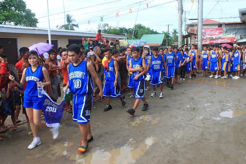 Merlenes Eatery Basketball Team Pooc Talisay Cebu 2011 - 0075