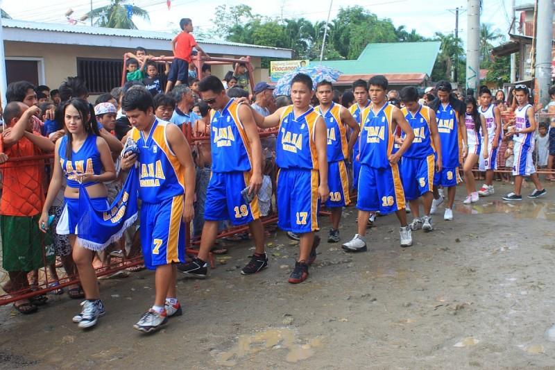 Merlenes Eatery Basketball Team Pooc Talisay Cebu 2011 - 0076