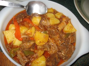 Kalderita Kanding - Filipino Goat Stew